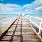 Wat brengt de toekomst als je deze pier afwandelt?